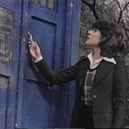 Elisabeth Sladen Ranks High in Twitter Year End Review